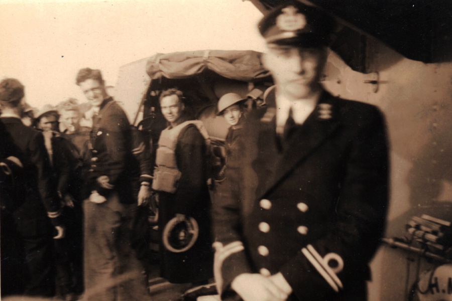 Dutch naval officers and Cdr Goodenough's demolition party aboard HMS Venomous, 20 May 1940