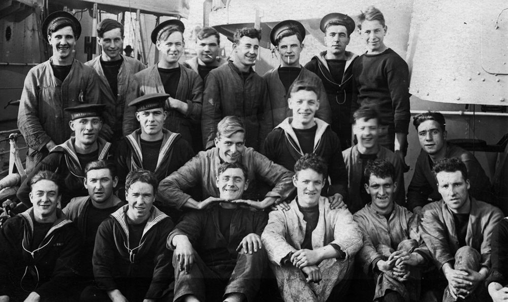 Reginal Williams and his shipmates on HMS VEnomous