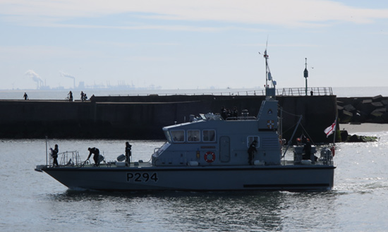 HMS Trumpeter enters harbour
